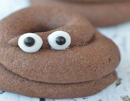 Gegarandeerd grote hilariteit in de klas met deze drollenkoekjes